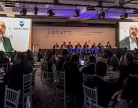 O presidente da Abratel, Márcio Novaes, impossibilitado de ir por questões de saúde, gravou um vídeo para ser passado durante a abertura do evento